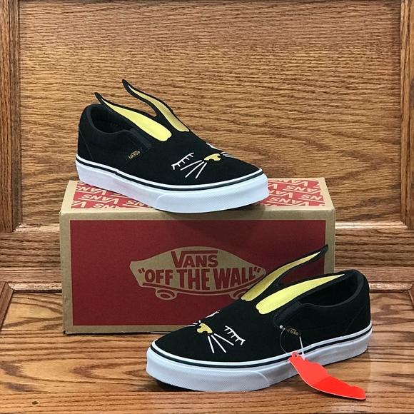 085952422 Vans Classic Slip On Bunny Black Gold Girls Shoes